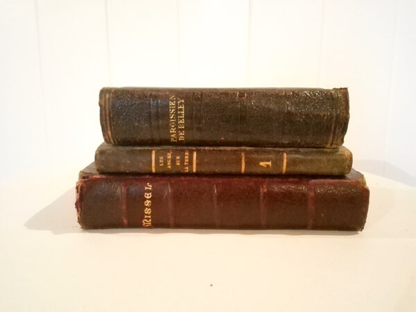 3 livres anciens